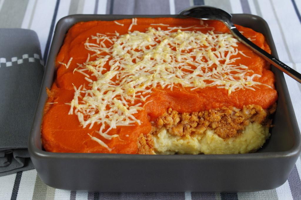 Hachis Parmentier, carottes, pommes de terre et jambon